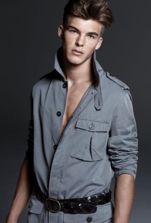 Trussardi, mode homme été 2009