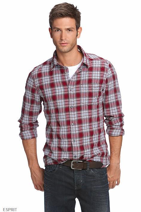 Esprit, le retour de la chemise à carreaux