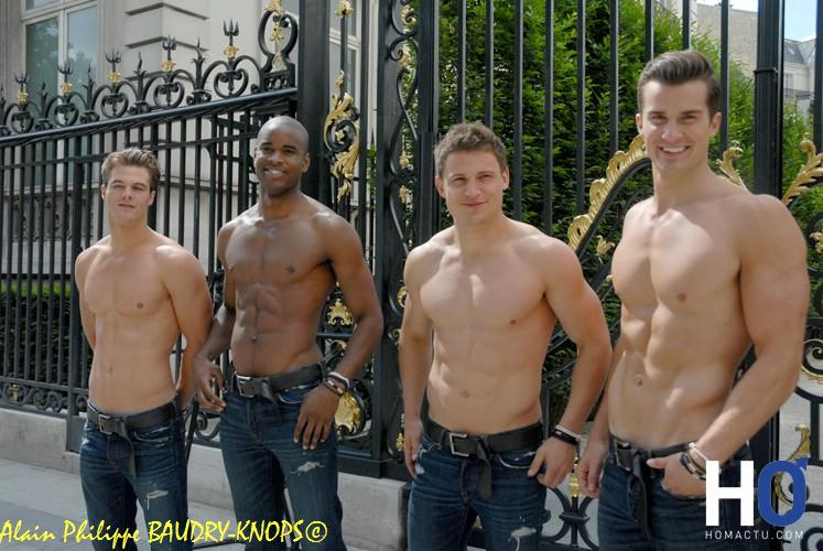 Abercrombie And Fitch Mannequins Abercrombie Fitch Paris