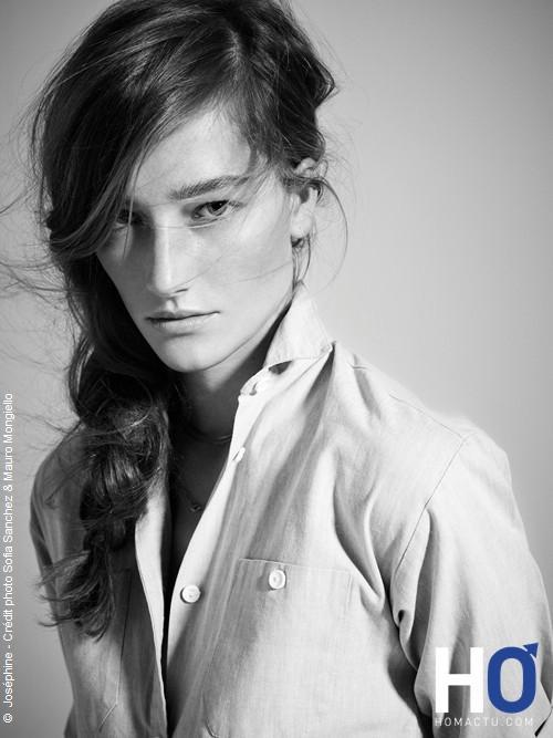 Joséphine Le Tutour remporte la Finale France Elite Model Look 2011