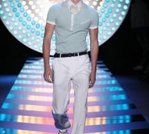 Que nous propose pour l'été 2012 le créateur John Galliano ?
