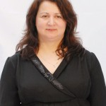 2 - Meral Akrour