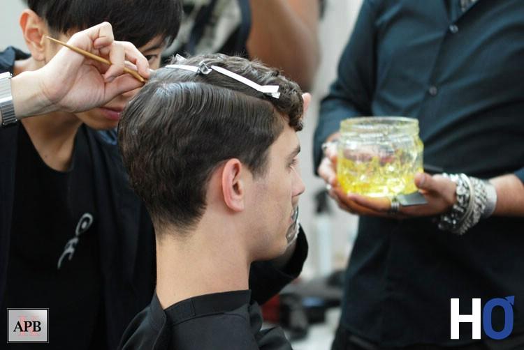 Dernier réglage coiffure