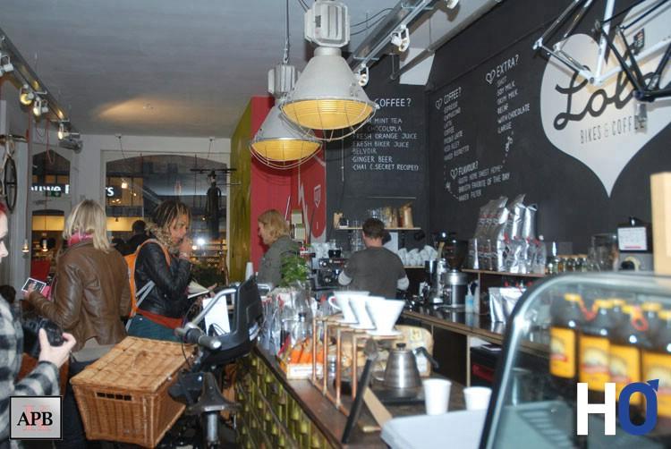 Lola, Bikes & Coffee