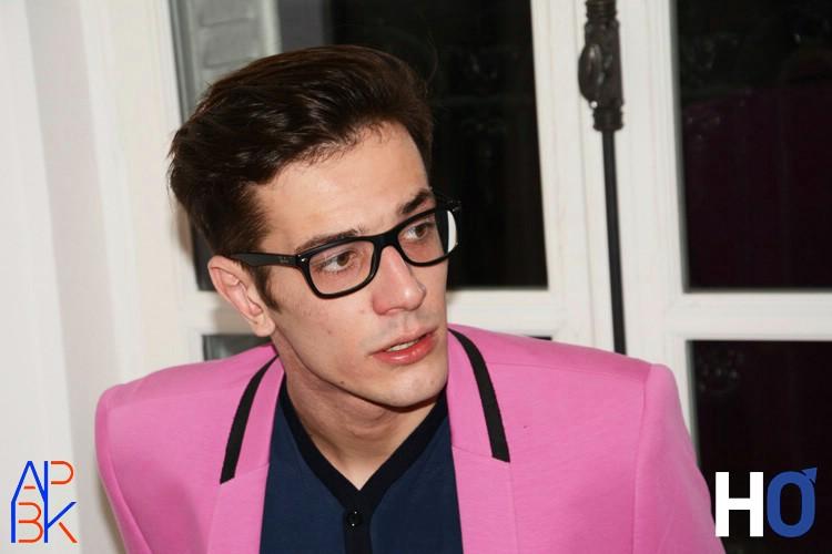 Modèle : Tanguy Veste : Milan rose T-shirt : Ashley