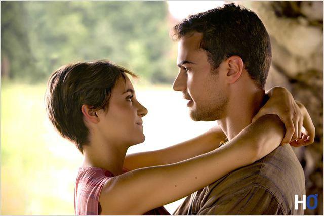 Tris ( Shailene Woodley) et Quatre (Theo James)