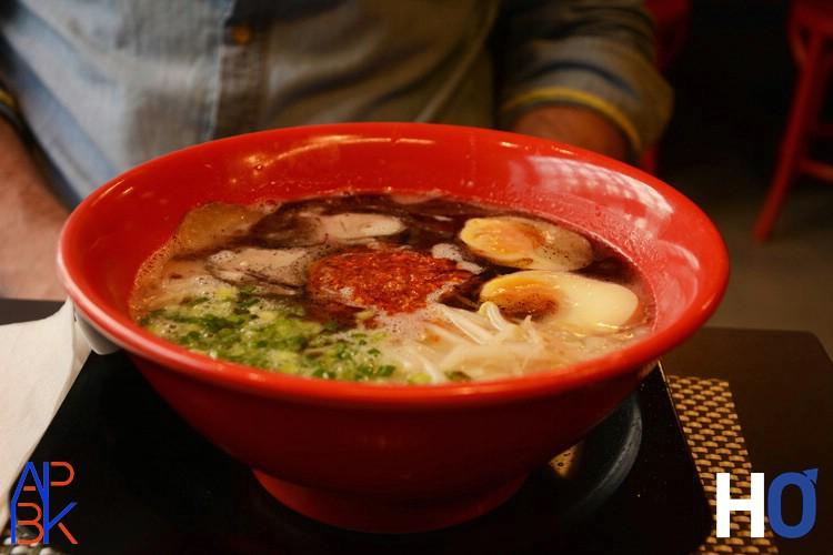Tonkotsu ramen avec oeuf  ajitama