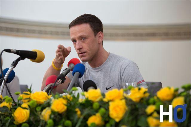 Lance Armstrong, lors d'une de ses conférences de presse.