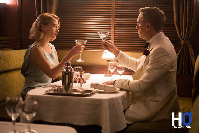Madeleine Swann (Léa Seydoux) et James Bond