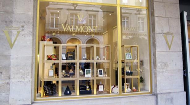 Pour Noël, le Pop-Up Store Valmont   revient au Meurice.