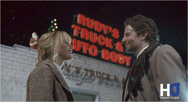 Joy (Jennifer Lawrence) et Neil Walker (Bradley Cooper)
