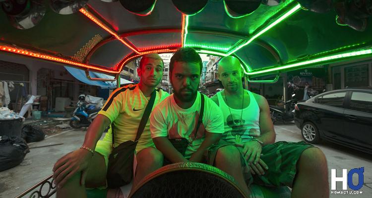 Krimo (Malik Bentalha), Karim le nain (Anouar Toubali) et Franky (Franck Gastambide)