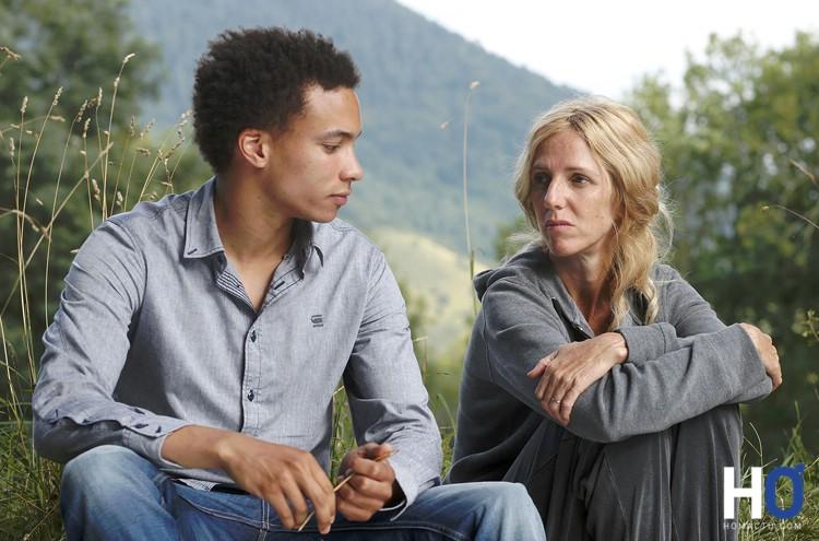 Tom et la mère de Damien