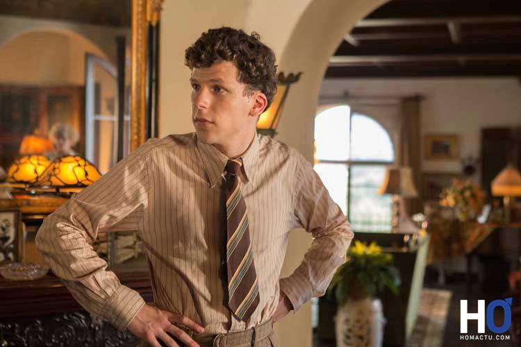 Bobby (Jesse Eisenberg)