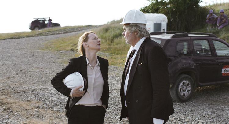 Ines et son père sur un chantier