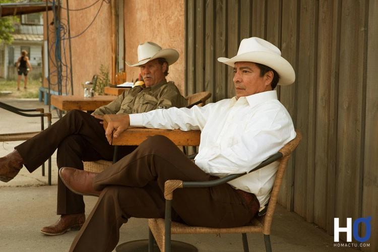 Marcus (Jeff Bridges) et son partenaire Alberto Parker (Gil Birmingham)