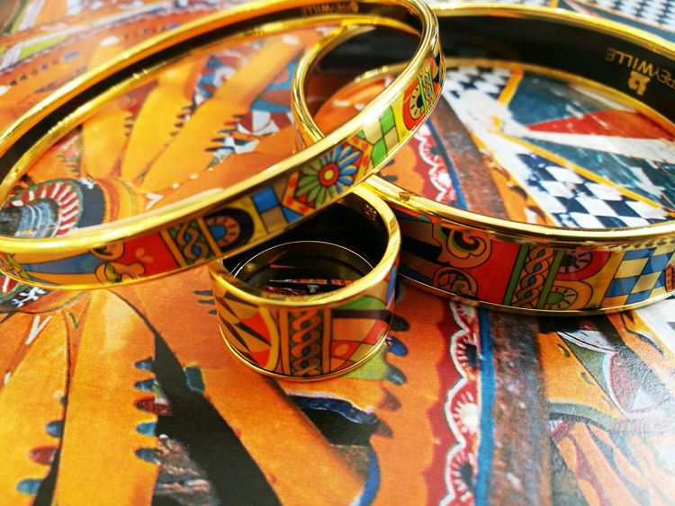 Bracelets et bague