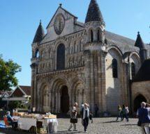 La Vienne et ses trésors : Poitiers .