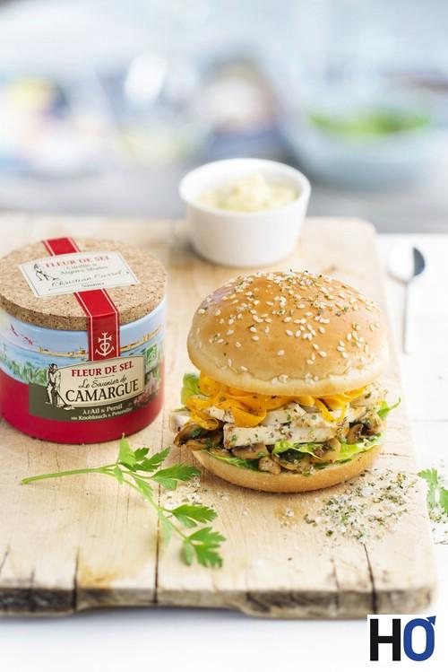 burger-poulet-carottes-champignons-2-8927a