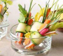 Mini-bouquets de surimi et de légumes.