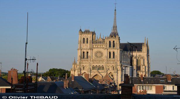 Amiens, la cathédrale en couleurs : une expérience monumentale.