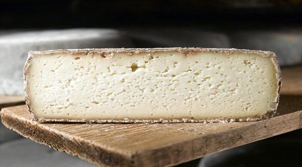 La Tomme de Savoie, un goût unique.