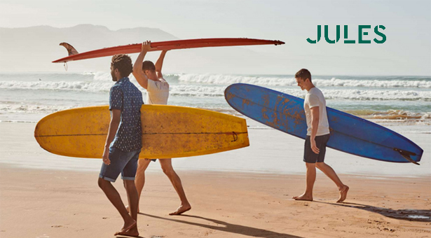 Jules plonge dans l'été.