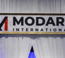 Mod'Art International a organisé son 16e défilé annuel le 2 juin 2021 aux Salons Hoche à Paris 8ème